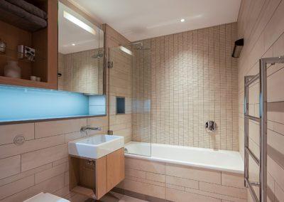 Bathroom 2 (1)